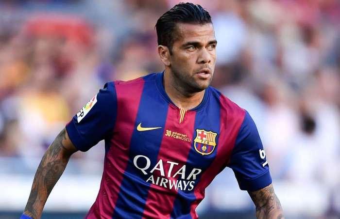 Merasa Tidak Dihargai Dani Alves keluar Dari Barcelona